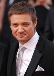 Jeremy Renner Height - How Tall