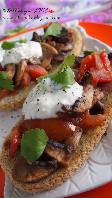 http://eatasulike.blogspot.com.au/2013/11/garlic-mushroom-topped-bruschettas.html