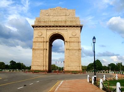 Places to visit in Delhi India Gate