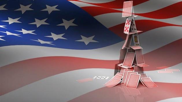 RT Español: La economía de EE.UU. es un castillo de naipes