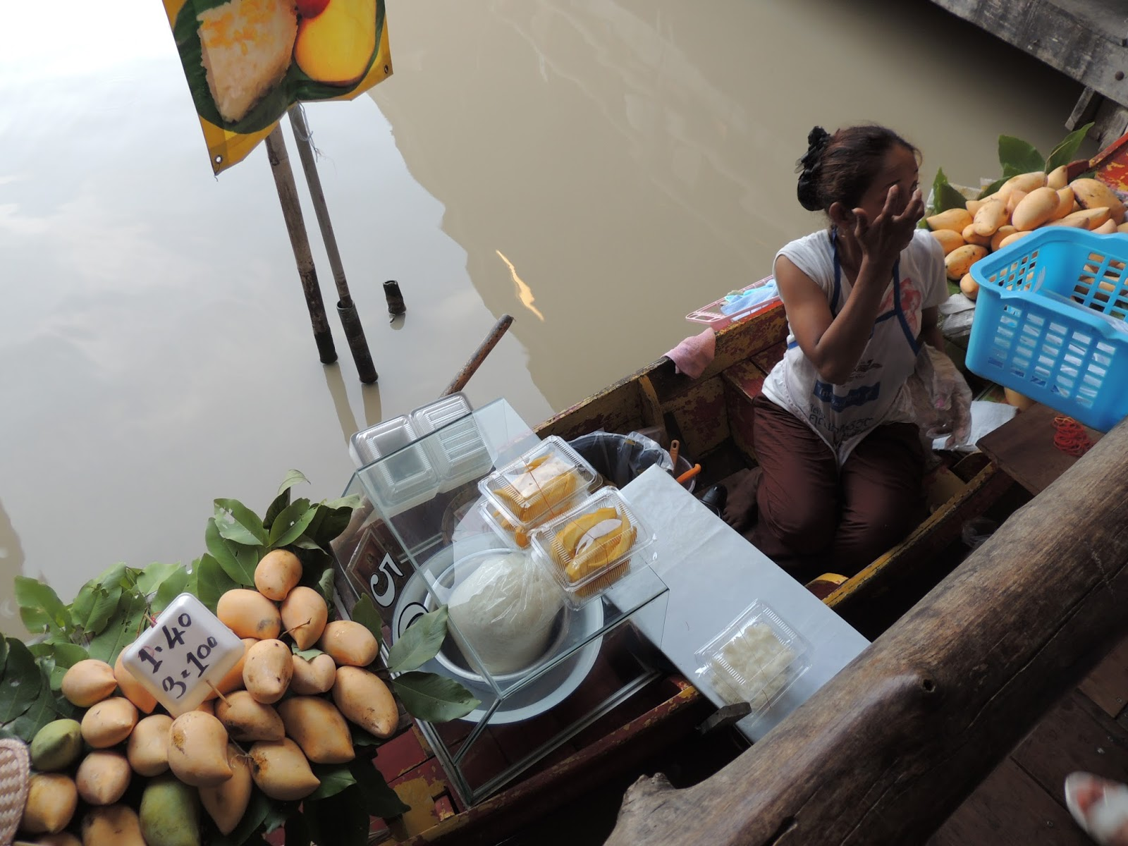 street food in thailand photo essay rathina s view space mango sticky rice