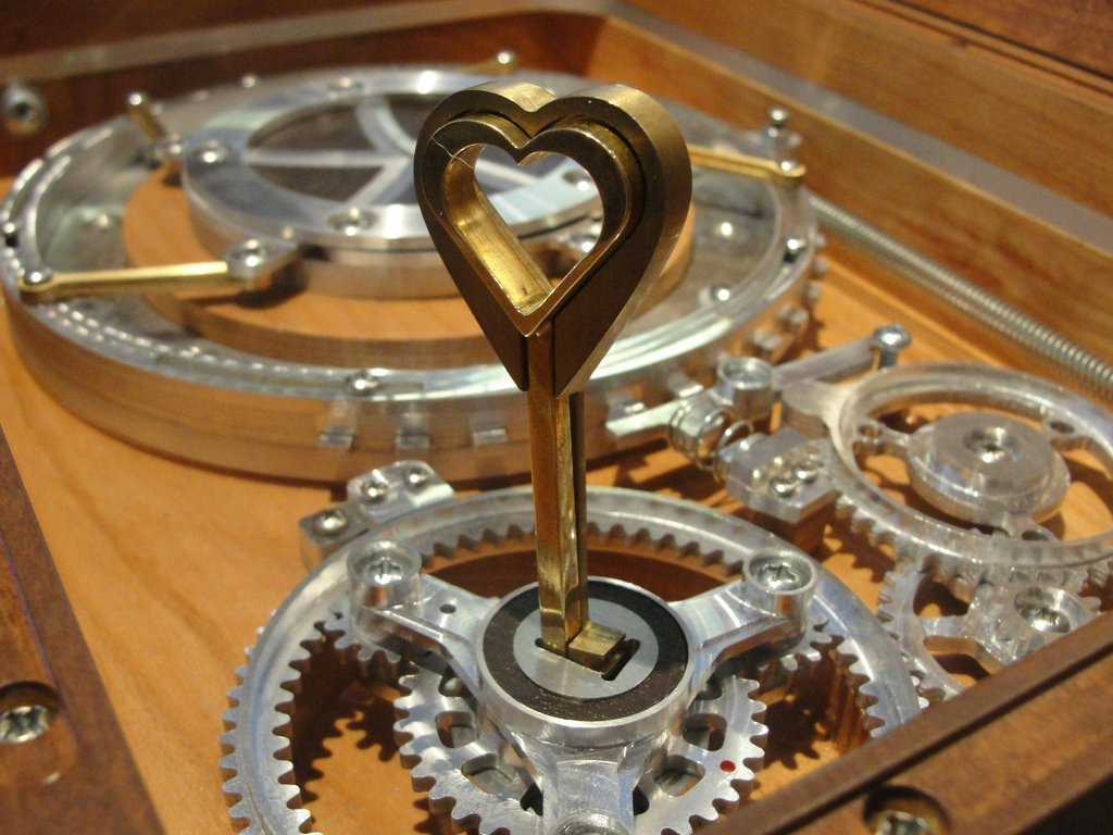 Amazing Mechanical Ring Box With Hiddenpartment