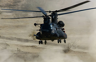 Helikopter MH-47 Chinook Heavy-Assault
