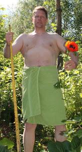 Muuttopalvelu, talonmiespalvelu, puutarhapalvelu sama mies tarpeeseen kuin tarpeeseen
