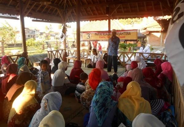 partai keadilan sejahtera kecamatan piyungan mengadakan buka puasa