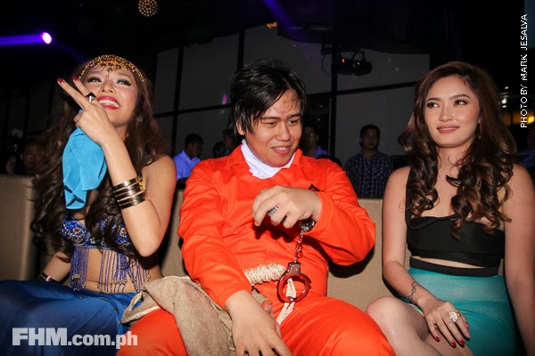 bangs garcia and danita paner kissing a scarecrow at 2013 fhm halloween ball 06