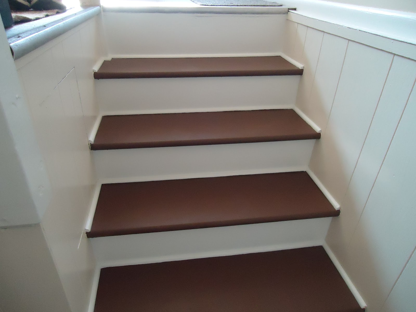 I Chose To Paint The Steps A Chocolate Brown On The Treads, And Pain The  Risers White. I Also Added Molding Along The Outside Edges And Also The  Joint Where ...