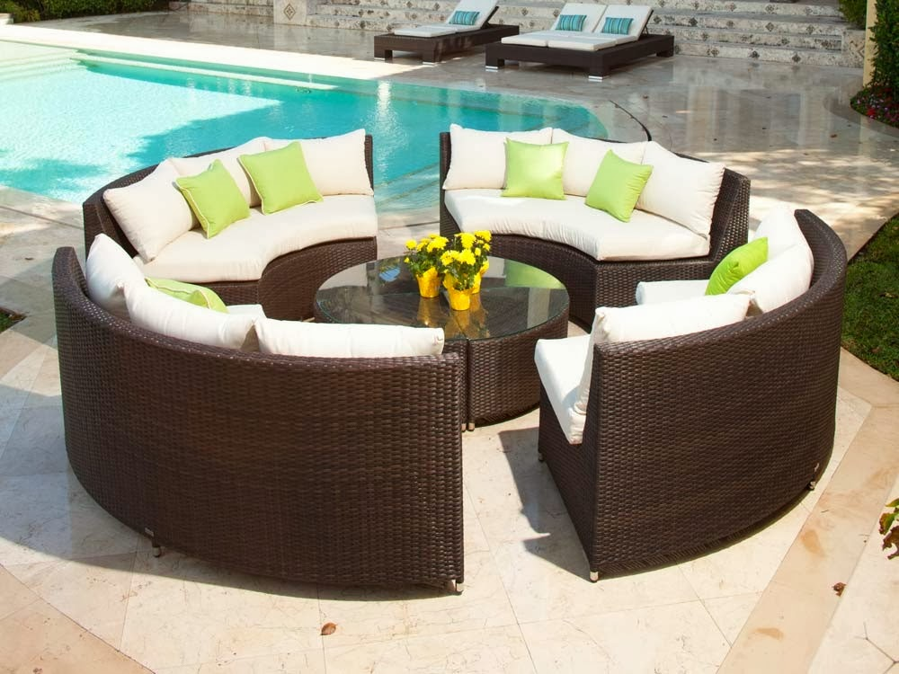 Source Outdoor Circa All-Weather Wicker Round 4 Bench Conversation Set