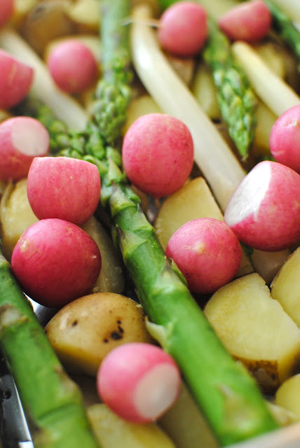vårprimörer, recept, getost, gratäng, grillat, sommar, sparris, rädisor