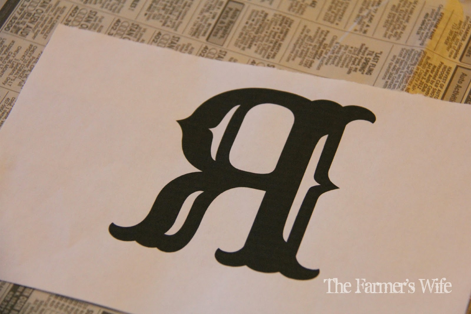 the farmers wife how to paint fancy letters on wood