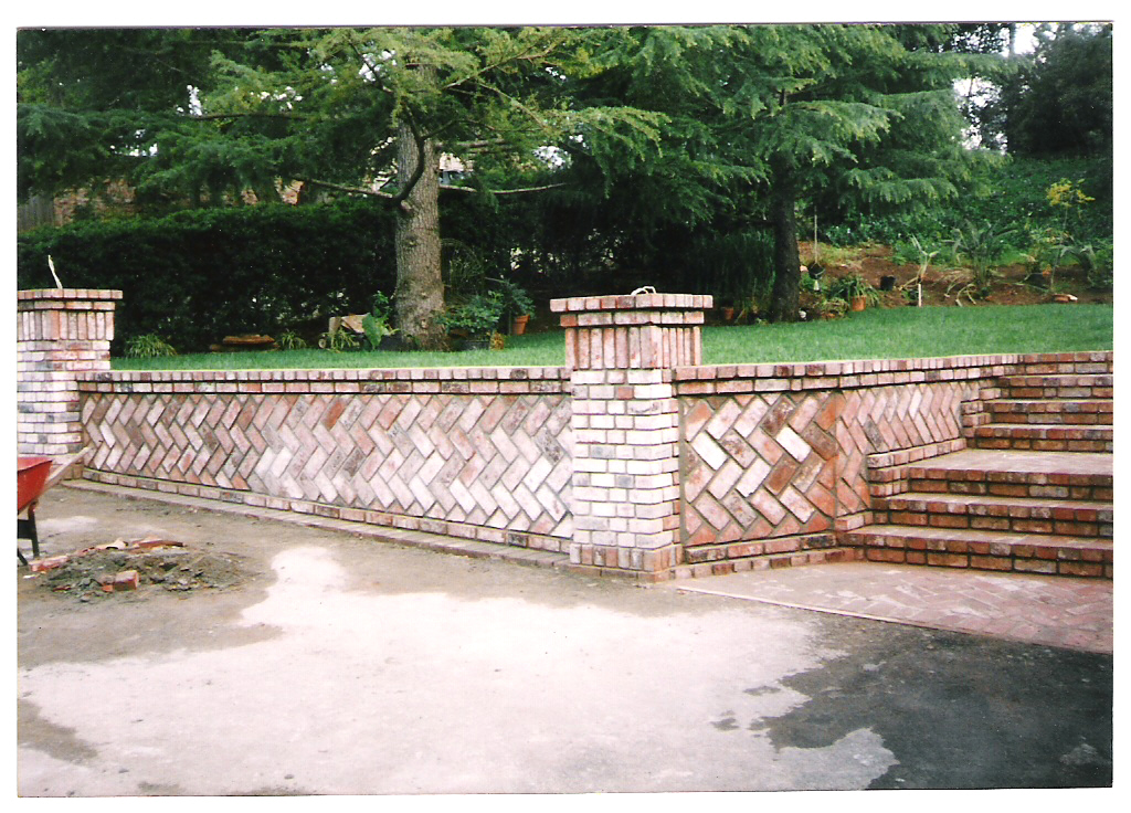Retaining wall design brick : Brick vector picture retaining wall