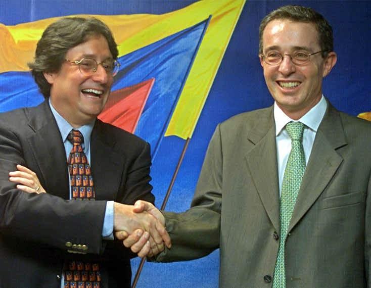 Francisco Santos Calderón y Álvaro Uribe Vélez