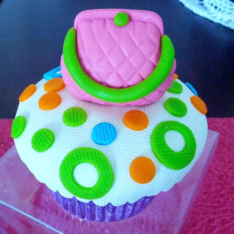 bithday cake, pinterest, fashion birthday cake purse cupcake, pastel, beautiful cupcake, heart birthday cake, red birthday cake