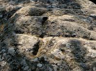 La creu que cristianitza el dolmen de Puig Rodó