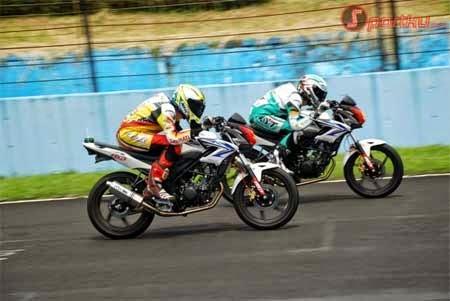 koleksi gambar motor road race cb150
