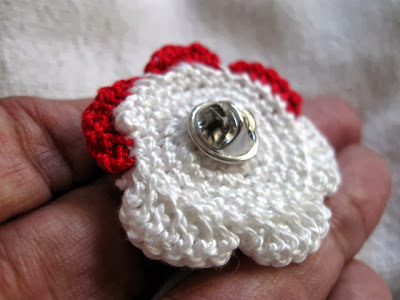 https://www.etsy.com/listing/167385096/clutch-back-pin-handmade-red-and-white?ref=shop_home_active