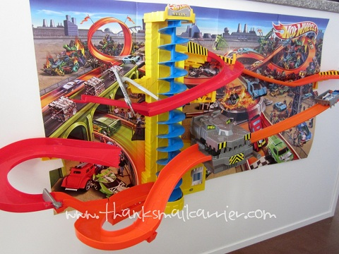 Hot Wheels Power Tower Tracks review