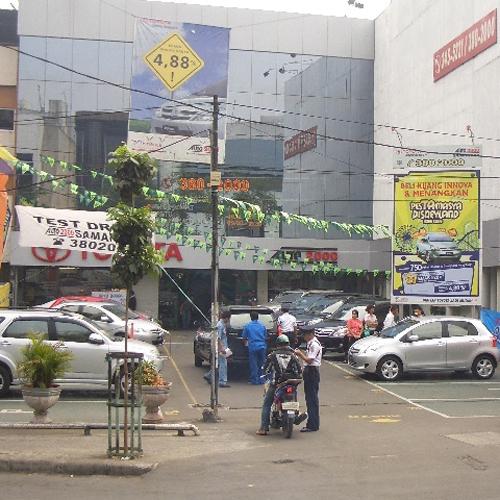 Toyota Auto 2000 Samanhudi, Jakarta Pusat