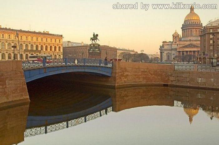 http://4.bp.blogspot.com/-oJ3w-aD3hng/TXW47CrAQEI/AAAAAAAAQUs/1-aOGSyznuk/s1600/bridges_41.jpg