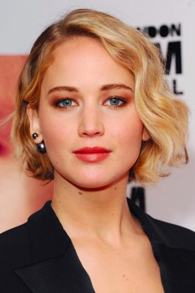 Jennifer-Lawrence-Short-Wavy-Bob