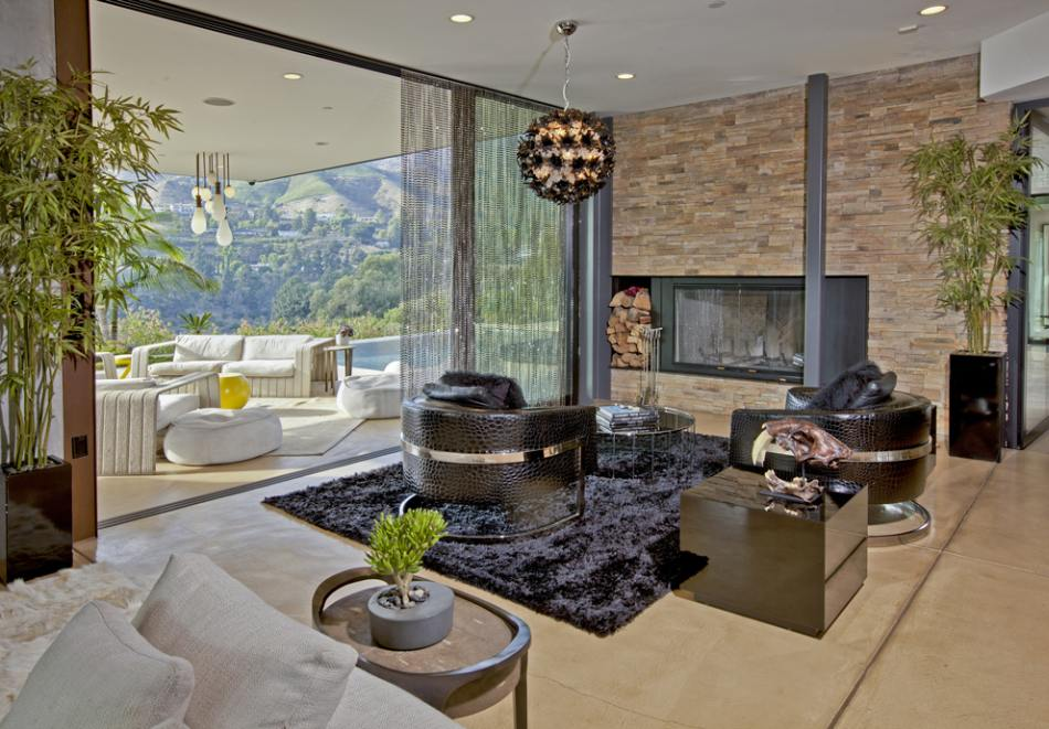 World of architecture justin bieber home beverly hills for Living room jb