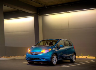 2014 Nissan Versa Note blue