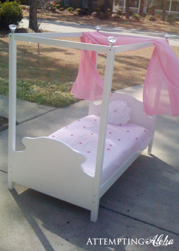 Yep itu0027s a toddler canopy bed that matches the little American Girls doll canopy beds that I made for Christmas! I posted them on CL since I had some scrap ... & Attempting Aloha: How to Make a Toddler Canopy Bed -- Tutorial