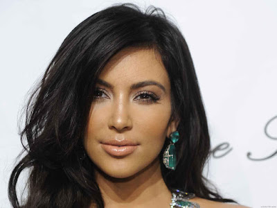 Kim Kardashian Sexy Wallpaper