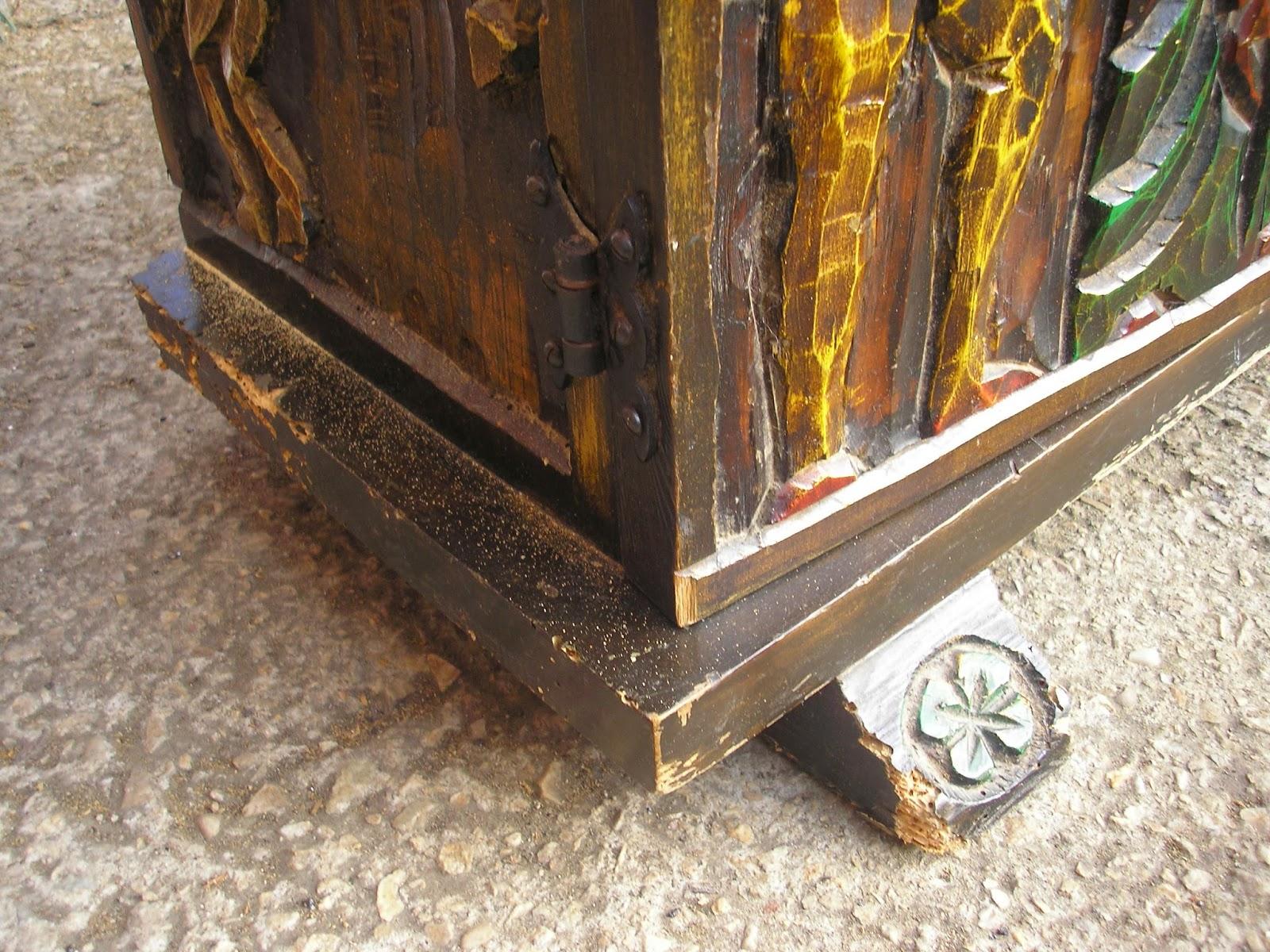 Restauración y Rejilla Restauración de un mueble zapatero