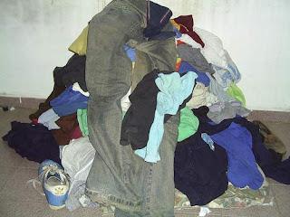 que significa sonar con ropa sucia