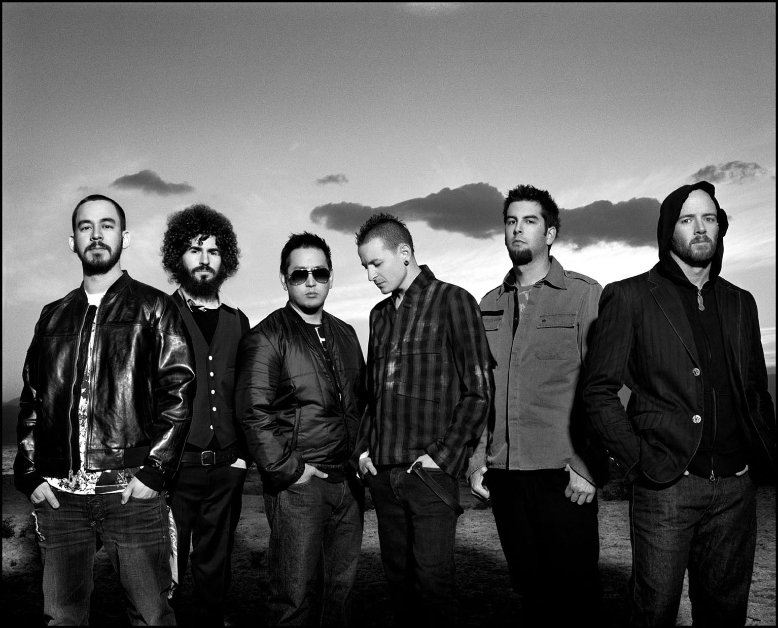 Video Linkin park | Burning In The Skies HD