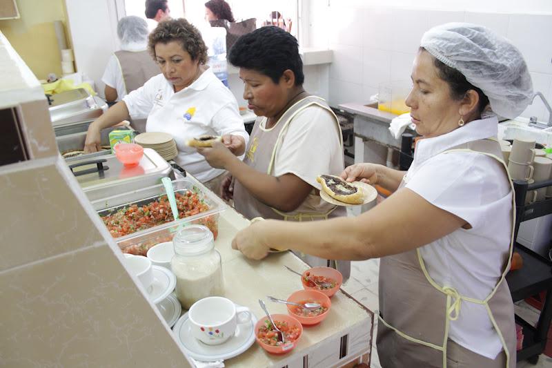 Reinaugura presidenta del dif comedor comunitario en for Proyecto de comedor comunitario