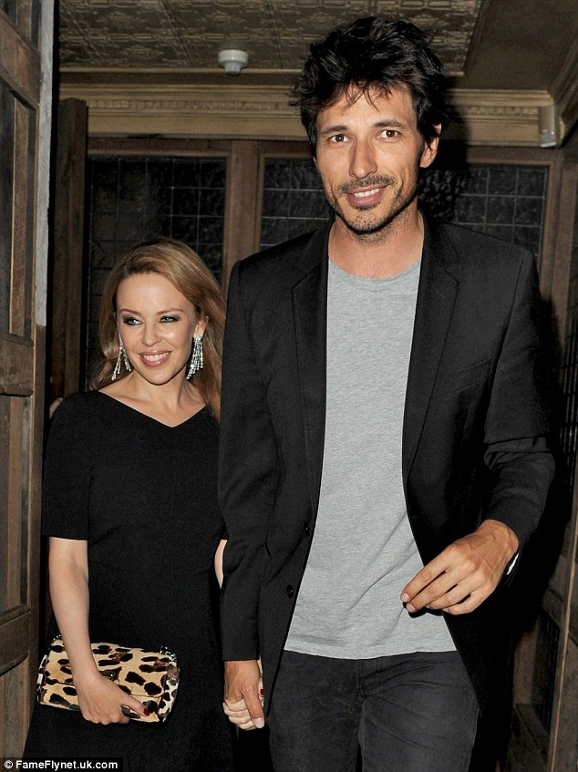 from Gunner kylie minogue dating again