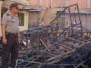 Dua Orang Santri Tewas Saat Pesantren Al Ihsan Terbakar