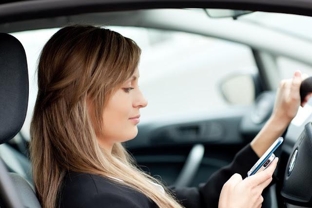 пользование телефоном за рулём