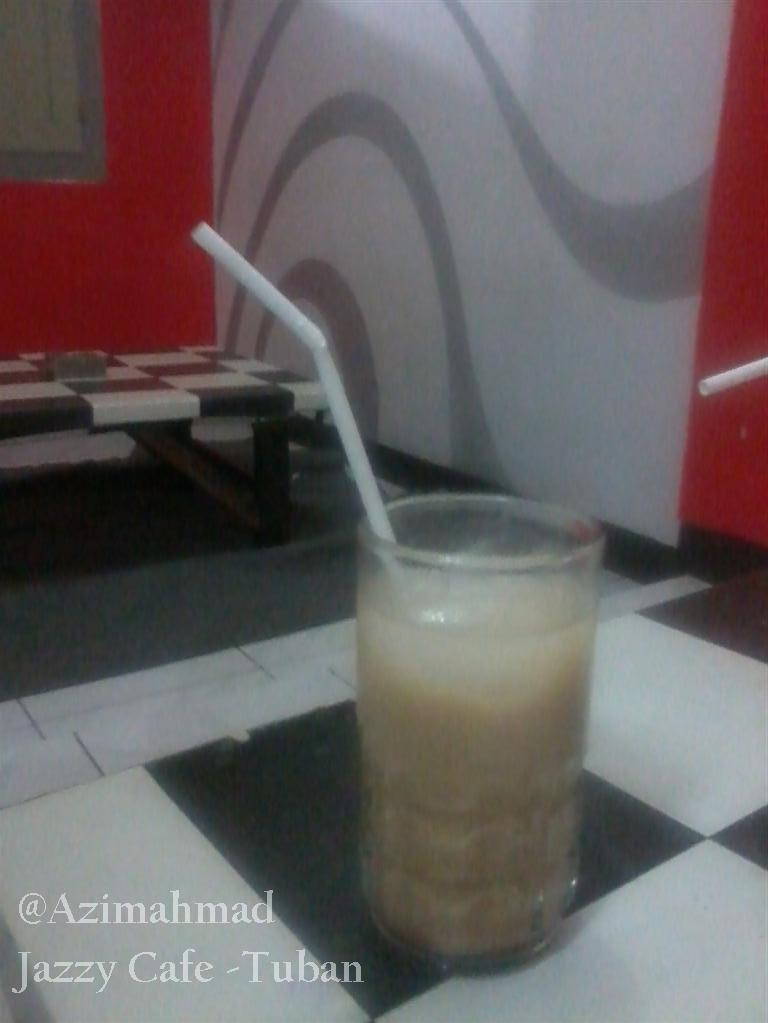 Teh tarik - Jazzy Cafe - Tuban.