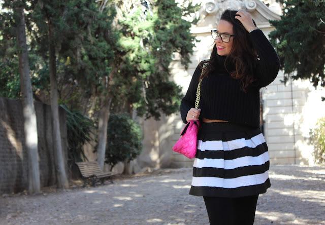 falda rayas blanco y negro