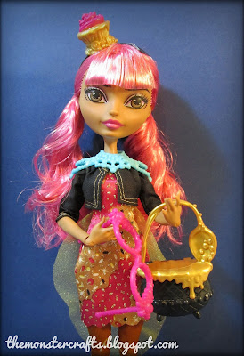 Ginger Breadhouse doll review Ever After High