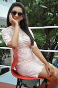 Pooja Jhaveri latest glam pics-thumbnail-4