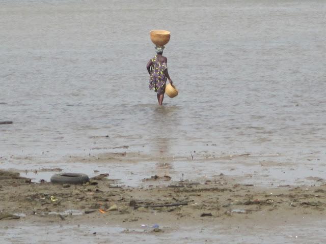 Mujer de Fadiouth, Senegal