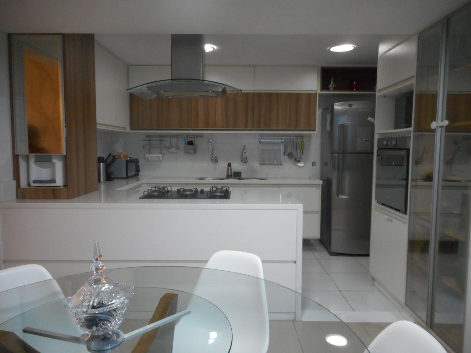 Cozinha gourmet -arquitetas Alice Elon e Rossana Alcântara- armários Dellano