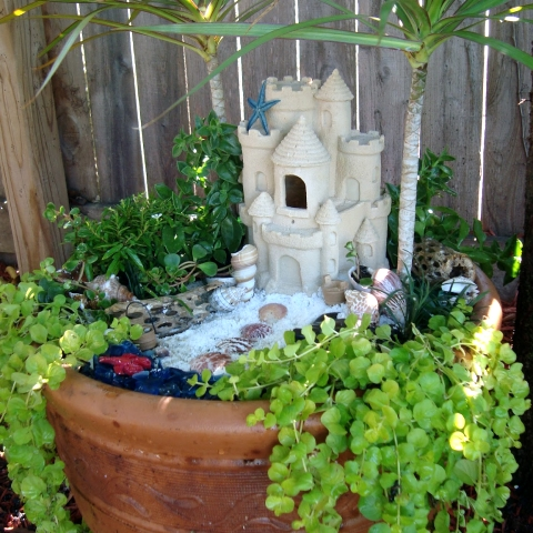 Awesome Porch Garden Planters with a Coastal and
