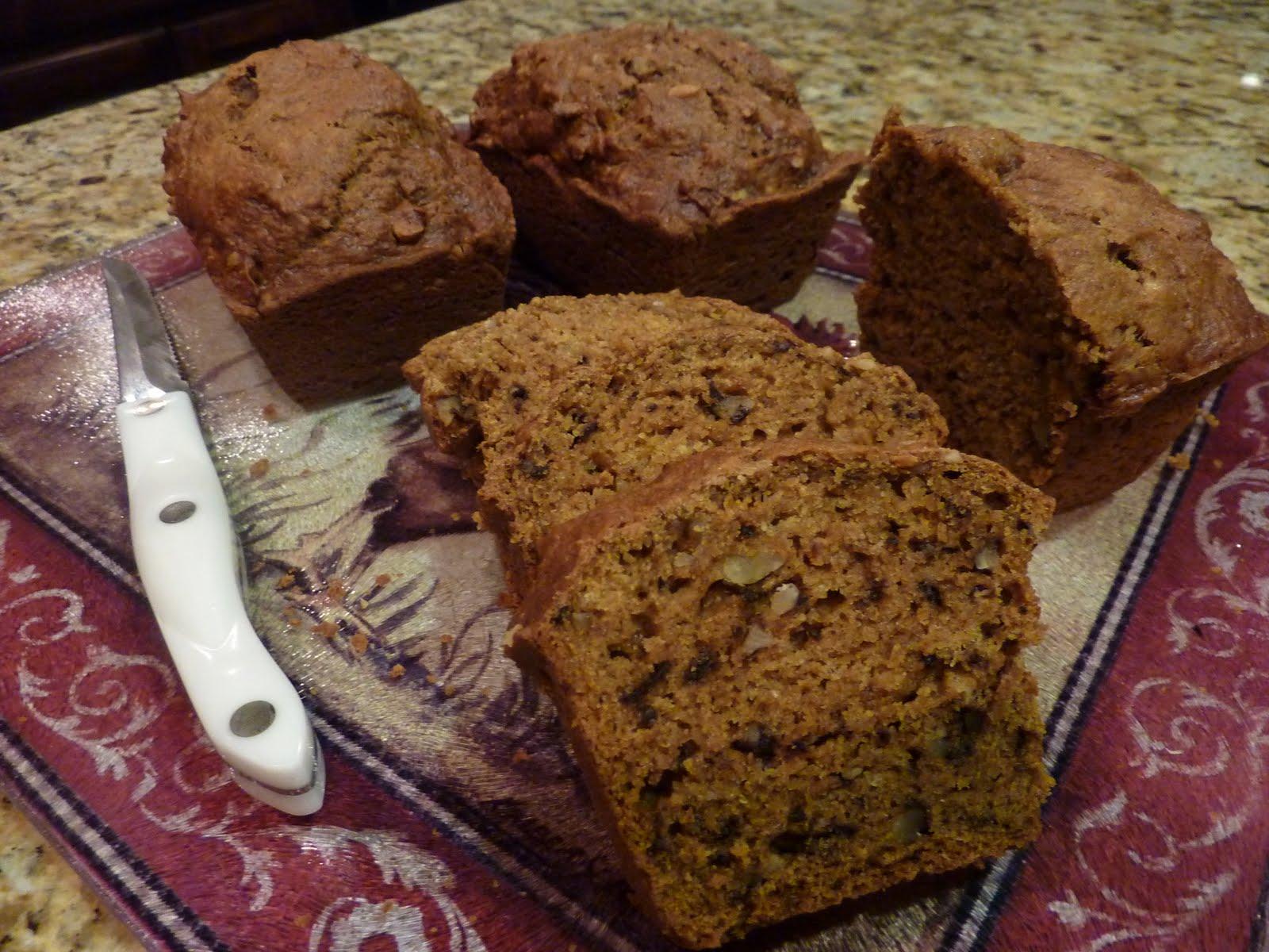 Creative Hospitality: Super Moist Pumpkin Nut Bread