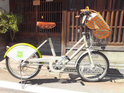 Even locals are using Machinori bicycles for shopping runs in Kanazawa