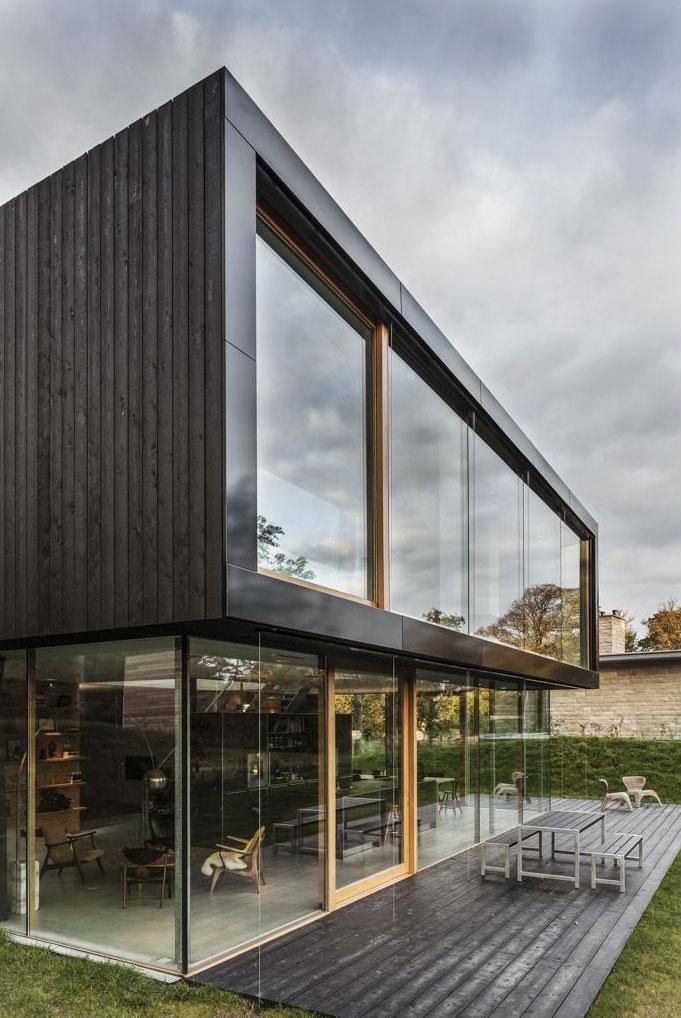 Terrace of Modern Villa V by Paul de Ruiter Architects