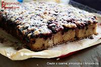 http://fascynacjasmakiem.blogspot.com/2013/08/ciasto-z-czarna-porzeczka-i-kruszonka.html