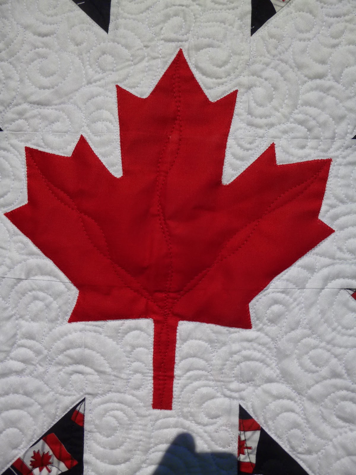 linda u0027s quiltmania canadian flag quilt 3