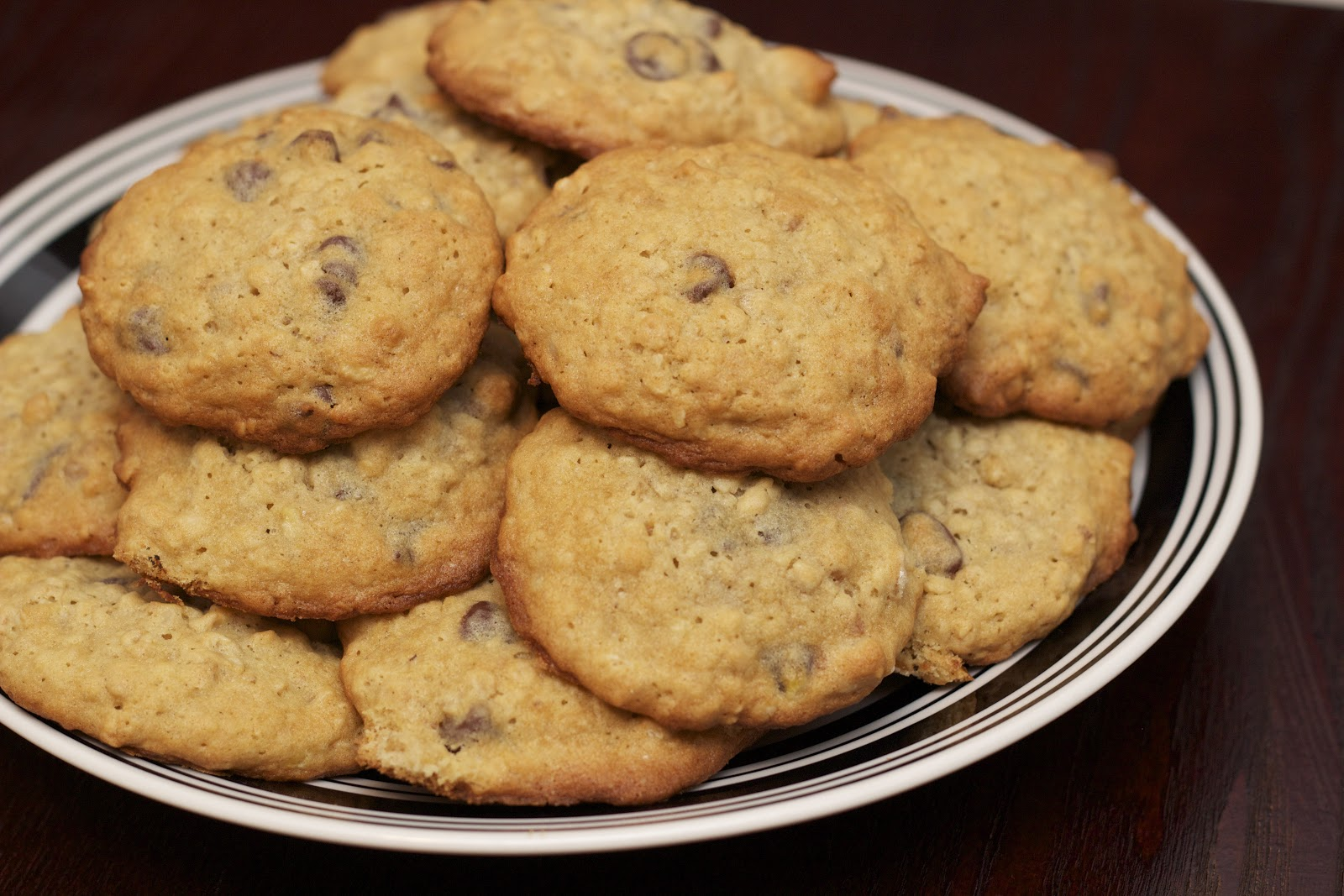 Samantha Michele Extraordinaire: Banana Walnut Chocolate Chip Cookies