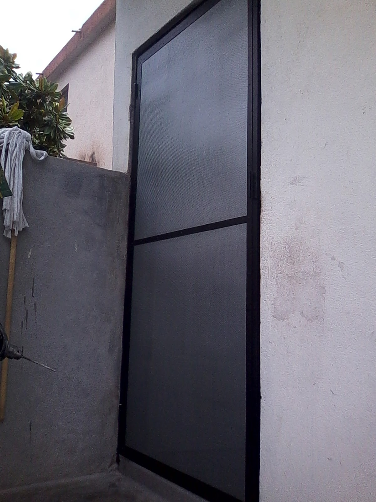 Persianas aluminio y vidrio mosquiteras de aluminio - Mosquiteras para puertas ...