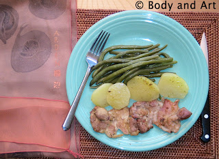 ROBBY ROBINSON'S DIET - HEALTHY MEALS CHICKEN LEG MEAT WITH STEAMED VEGETABLES ▶ www.robbyrobinson.net